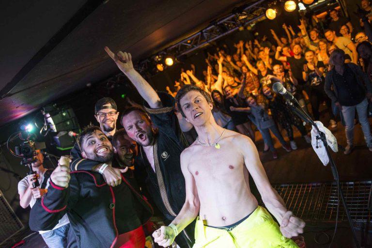 Jokers publikum v Rock cafe (promo foto)